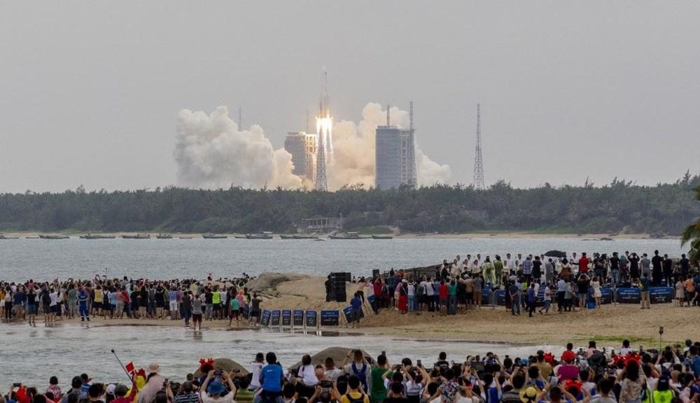 Çin'in uzaya gönderdiği roket kontrolden çıktı: Her yere düşebilir - 1