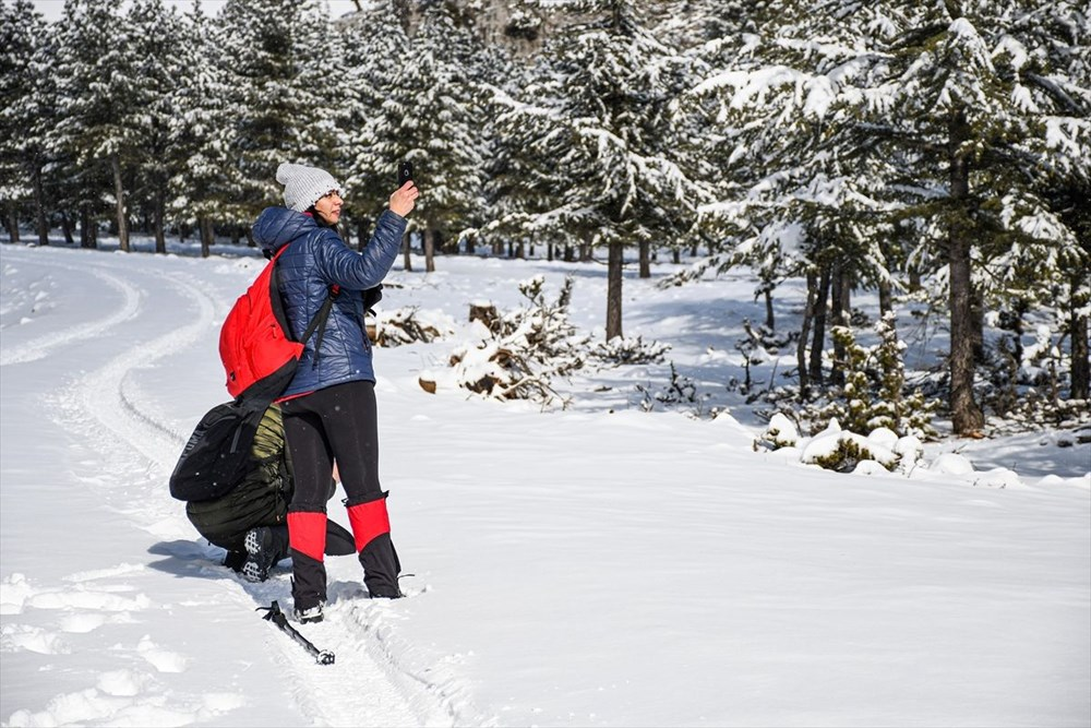 'Beyaz gelinliğini' giyen Toroslar doğa yürüyüşçülerinin gözdesi oldu - 16