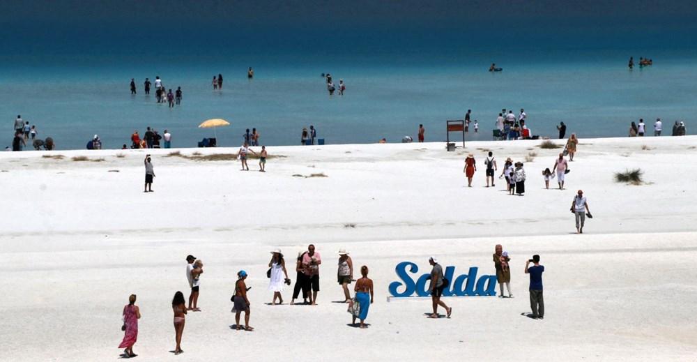 Bakan açıkladı: Salda Gölü'nün 'Beyaz Adalar' bölgesinde göle ve plaja giriş yasaklandı - 11