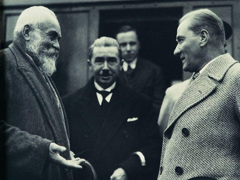 Mustafa Kemal Atatürk'ün ebediyete intikalinin 82. yılı (10 Kasım 1938) - 10