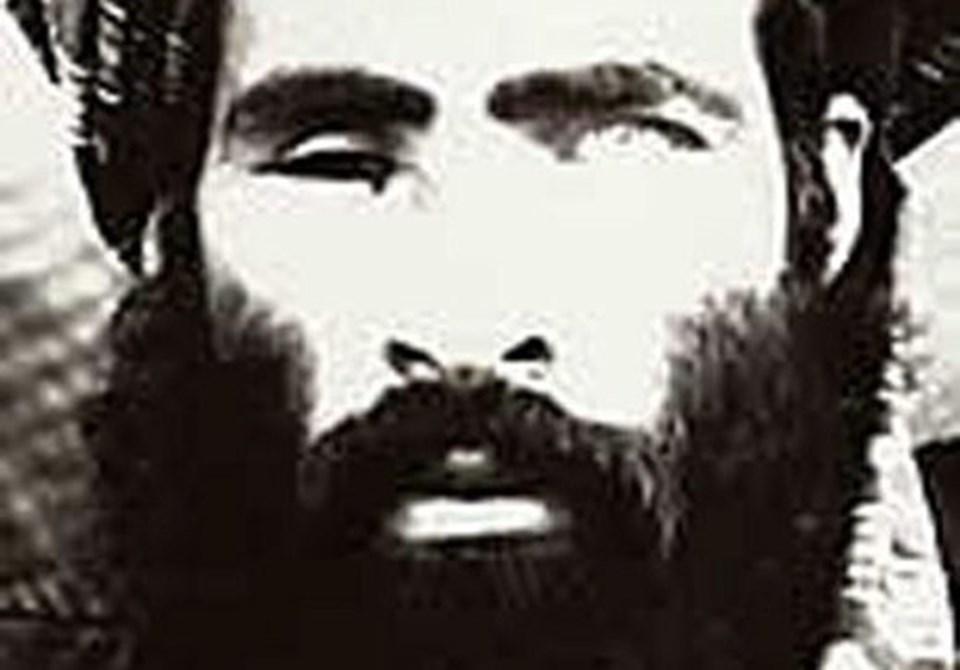 Taliban lideri Molla Ömer, Afganistan'da Sovyet işgaline karşı savaşırken tek gözünü kaybetti.
