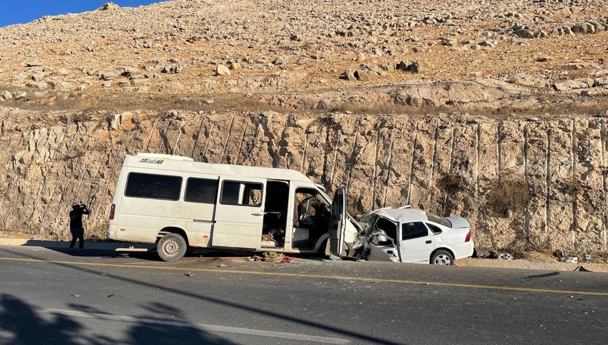Şanlıurfa'da trafik kazası: 1 ölü, 17 yaralı