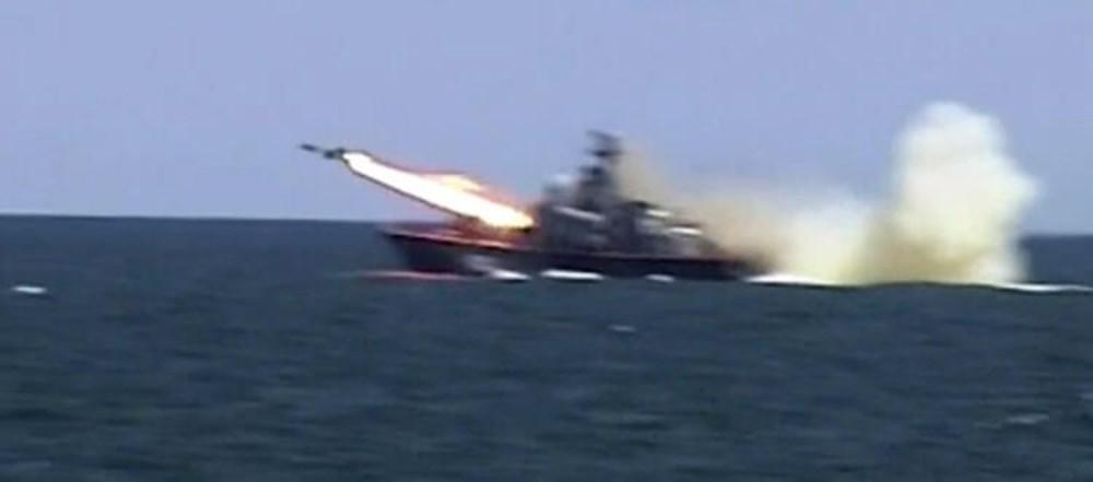 Karadeniz'de uçan tank: İçindeki askerlerle iniş yapıp, ateş etti - 3