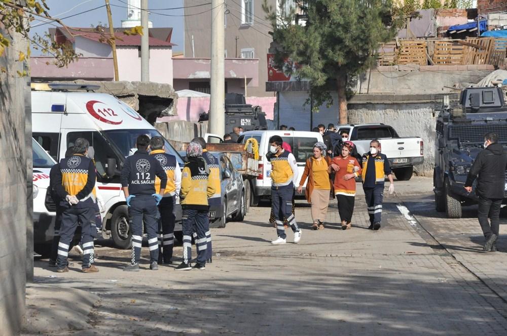 Diyarbakır'da kısıtlama gününde ortalık savaş alanına döndü: 20 yaralı - 6
