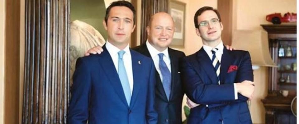 Kardeşleri Ali Koç ve Ömer Koç ile birlikte...