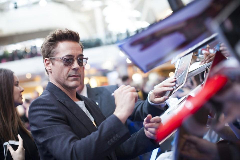 Iron Man'i 51 yaşındaki ABD'li oyuncu Robert Downey Jr canlandırıyordu.