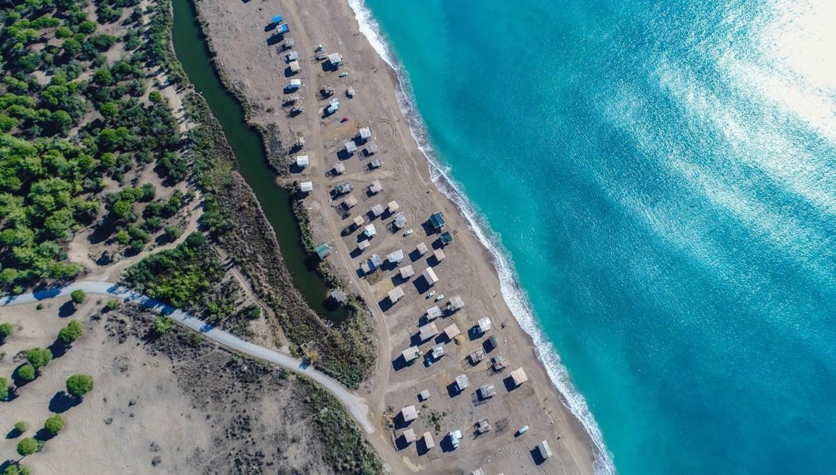 Lüks tatilin bedavaya sunulduğu 'Çardak Beach' çöplük oldu