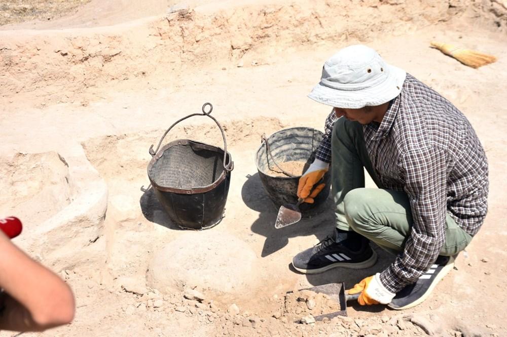 Malatya Arslantepe'de 5 bin 621 yıllık 250 mühür bulundu - 4