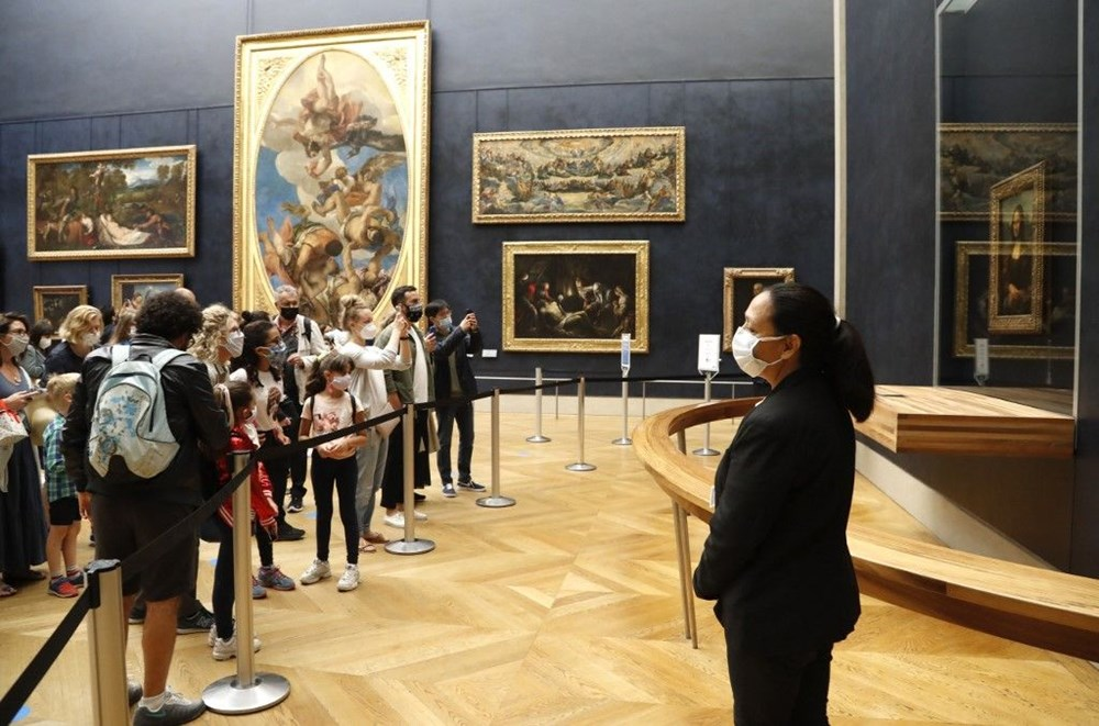 Louvre Müzesi yeniden açıldı (40 milyon euro'luk kayıp) - 6