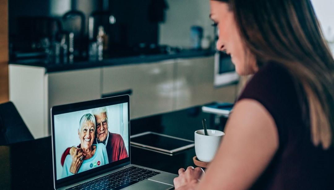 Bilim insanları: Görüntülü konuşma, bunama hastalığını geriletiyor