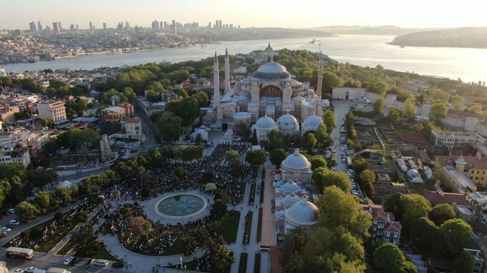 Ayasofya'da 87 yıl sonra ilk Ramazan Bayramı namazı kılındı - 24