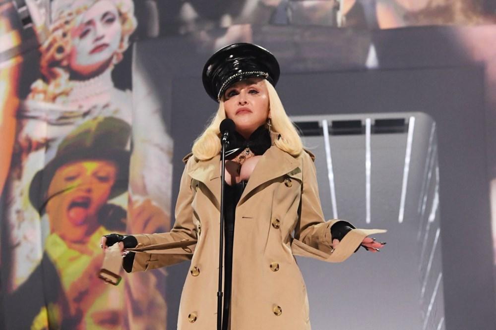 Madonna MTV Video Müzik Ödülleri after party'ye duvaklı katıldı - 3