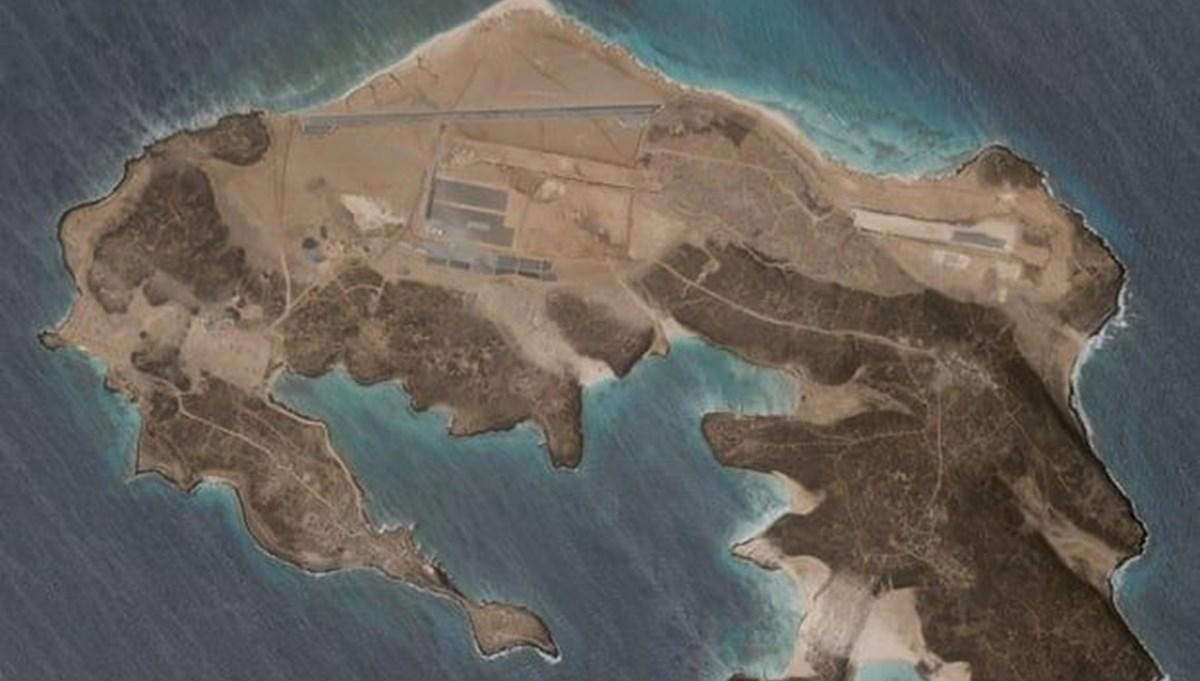 Yemen'deki volkanik adada inşa edilen gizemli hava üssü uydudan görüntülendi