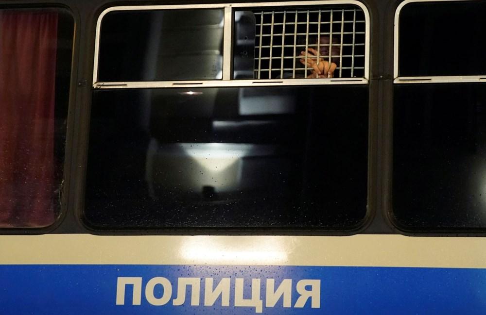 Rusya'da Putin karşıtı protesto: 130 gözaltı - 13