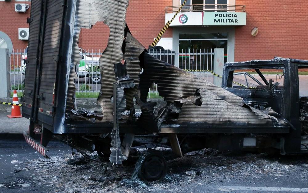 Brezilya'da savaş gibi banka soygunu: 30 kişi geldiler - 4