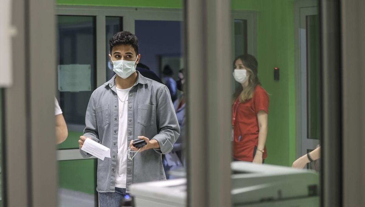 SON DAKİKA:Türkiye'de son 1 haftada 5 milyon 789 bin 851 aşı uygulandı