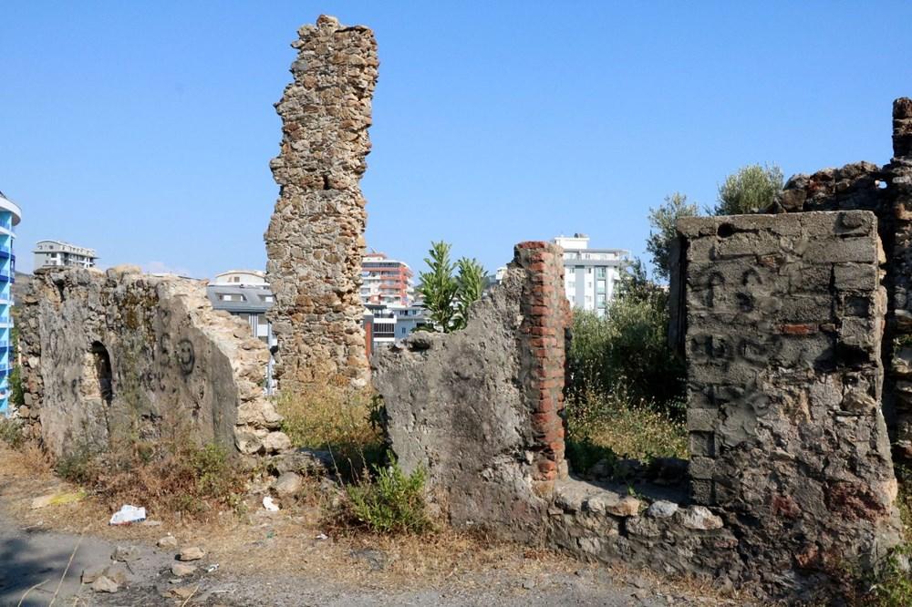 Naula Antik Kenti'nde tahribat - 1'nde tahribat - 1
