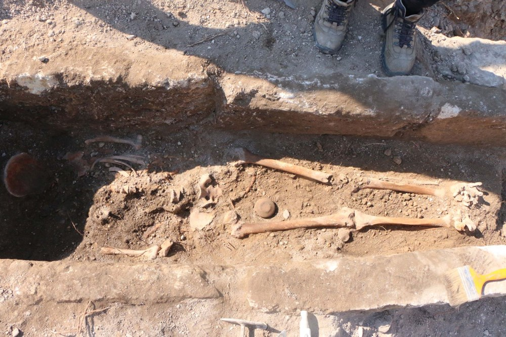 Perre Antik Kenti'nde bin yıllık iskelet bulundu - 4