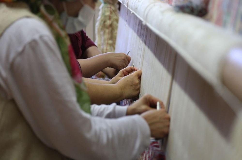 178 yıllık Osmanlı yadigarı fabrikada, Topkapı Sarayı'nın has oda halısı dokunuyor - 2