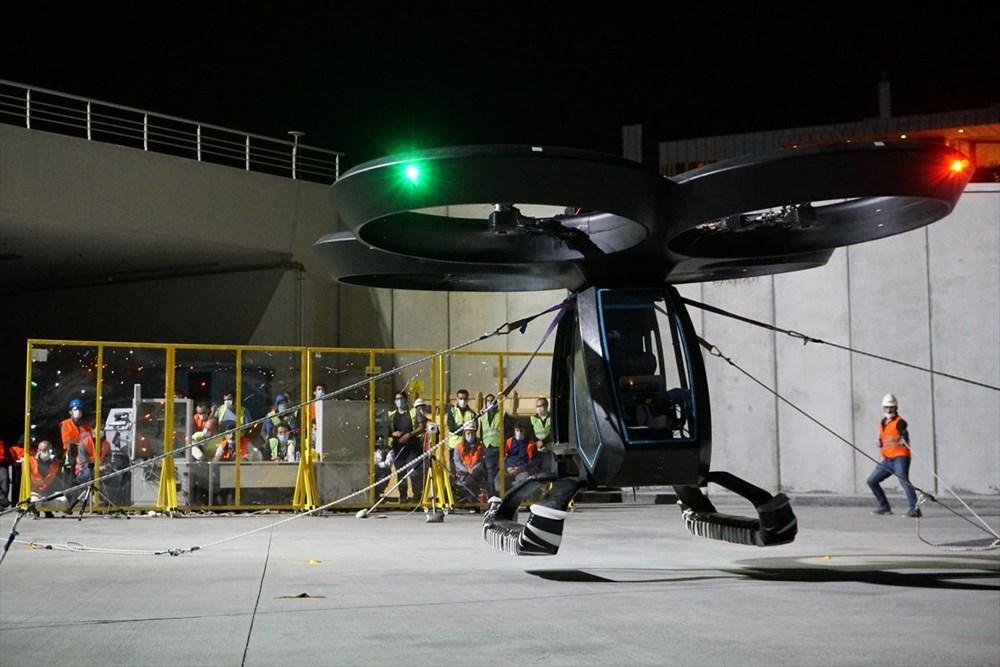 Türkiye'nin ilk uçan arabası CEZERİ ilk uçuşunu tamamladı - 12