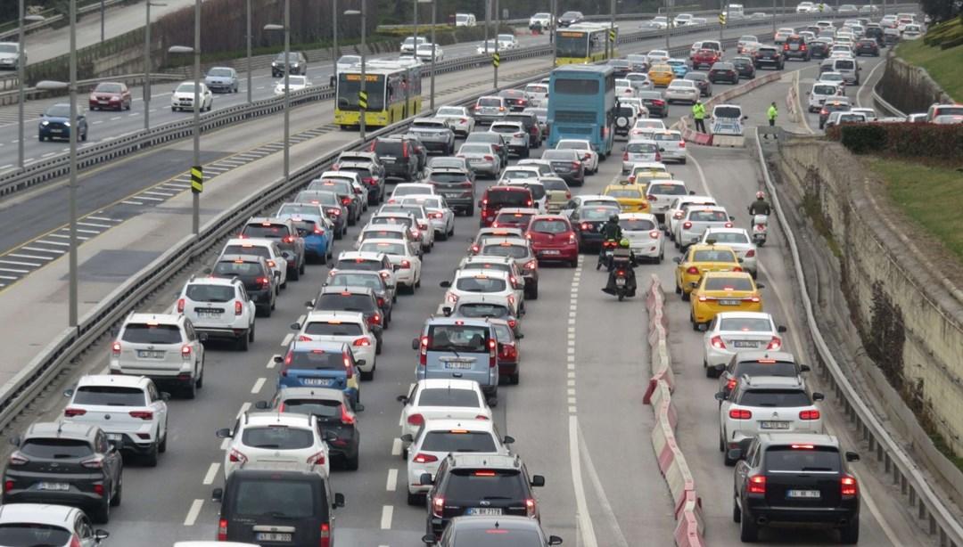 TÜİK, Şubat ayı motorlu taşıtlar istatistiklerini açıkladı thumbnail
