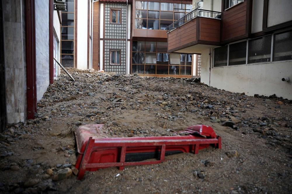 Rize'de sel ve heyelan afetinin hasarı gün ağarınca ortaya çıktı - 5