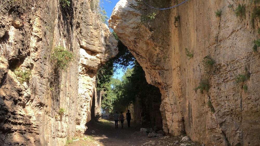 Bin esirin yaptığı mühendislik harikası 'Titus Tüneli'ne turist akını - 2