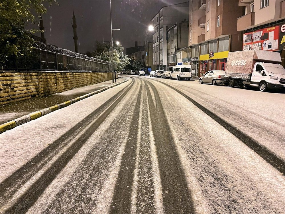 تساقطت الثلوج الأولى من الموسم في أرداهان - 5