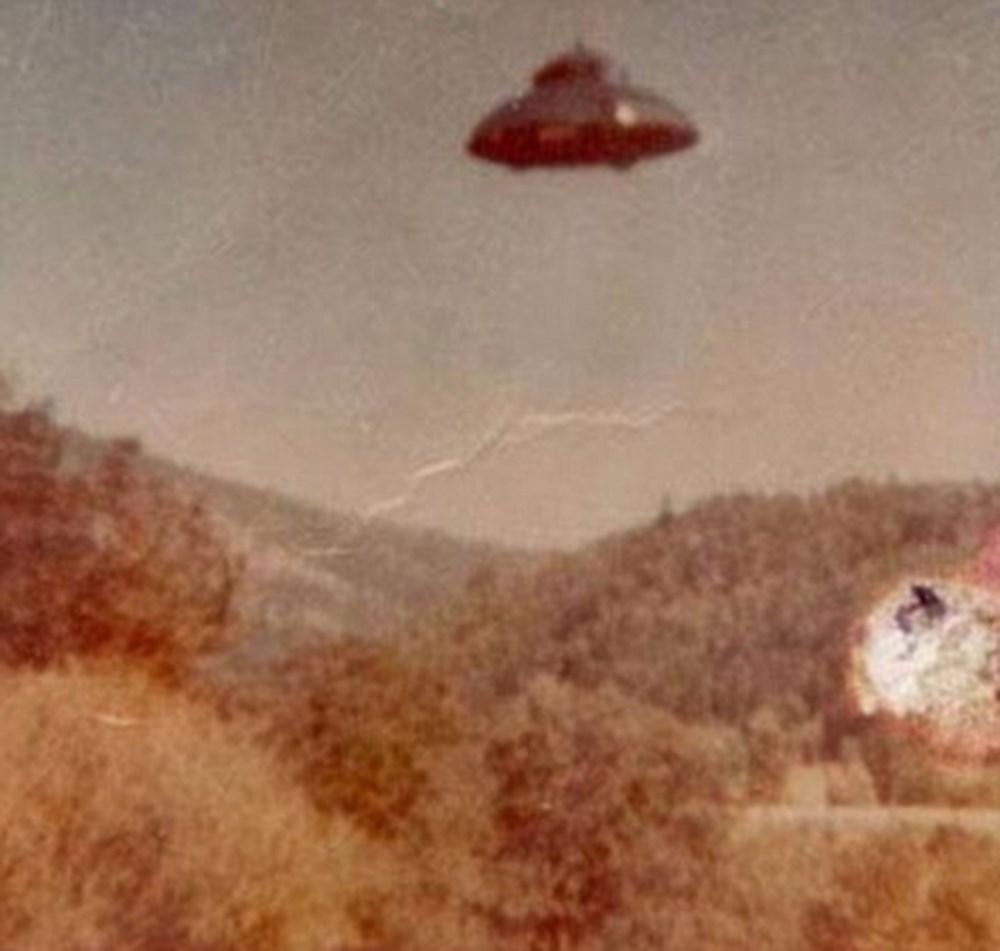 Pentagon'dan 'UFO' raporu (Savaş pilotunun çektiği fotoğraf sızdı) - 15