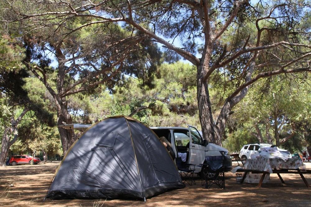 Sahiller çadır kente döndü: Günlüğü 45 liraya tatil - 2