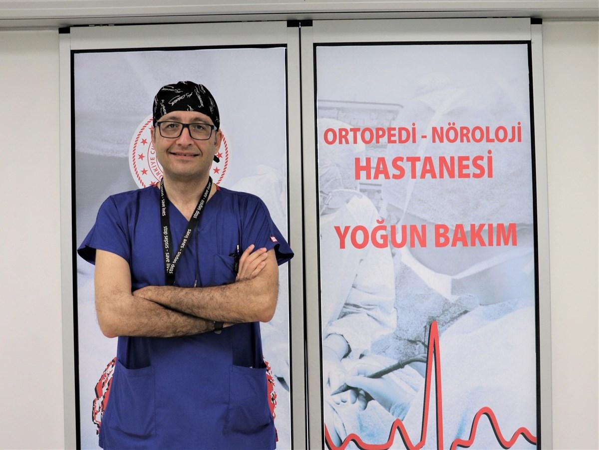 Sağlık Bakanlığı Koronavirüs Bilim Kurulu Üyesi Prof. Dr. Levent Yamanel