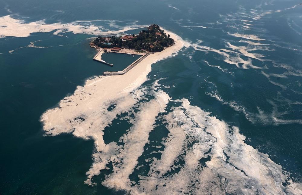 Müsilaj havadan görüntülendi: Deniz salyası her yerde | NTV