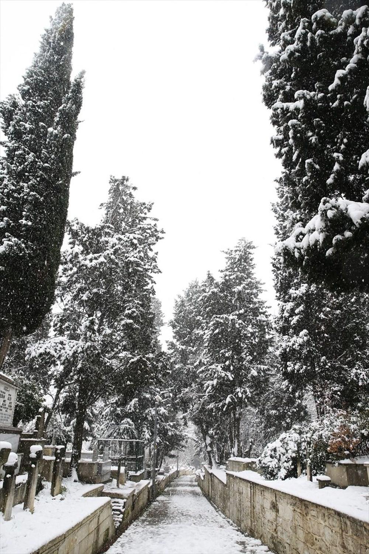 İstanbul'da kar yağışı devam ediyor - 16