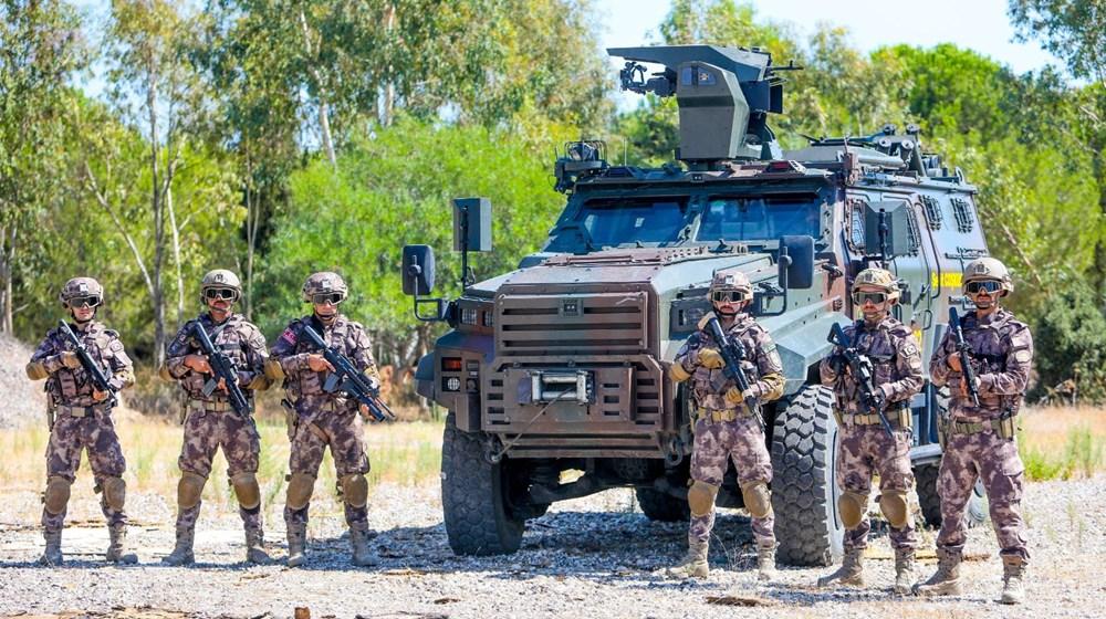 Özel Harekat'tan 35 derece sıcakta zorlu eğitim: Yerli silah 'Çılgın kız' dikkat çekti - 26