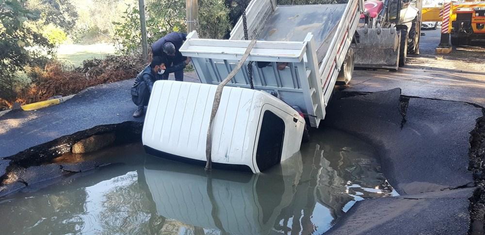 Patlayan asfalta kamyonet düştü: Canımızı son anda kurtardık - 3