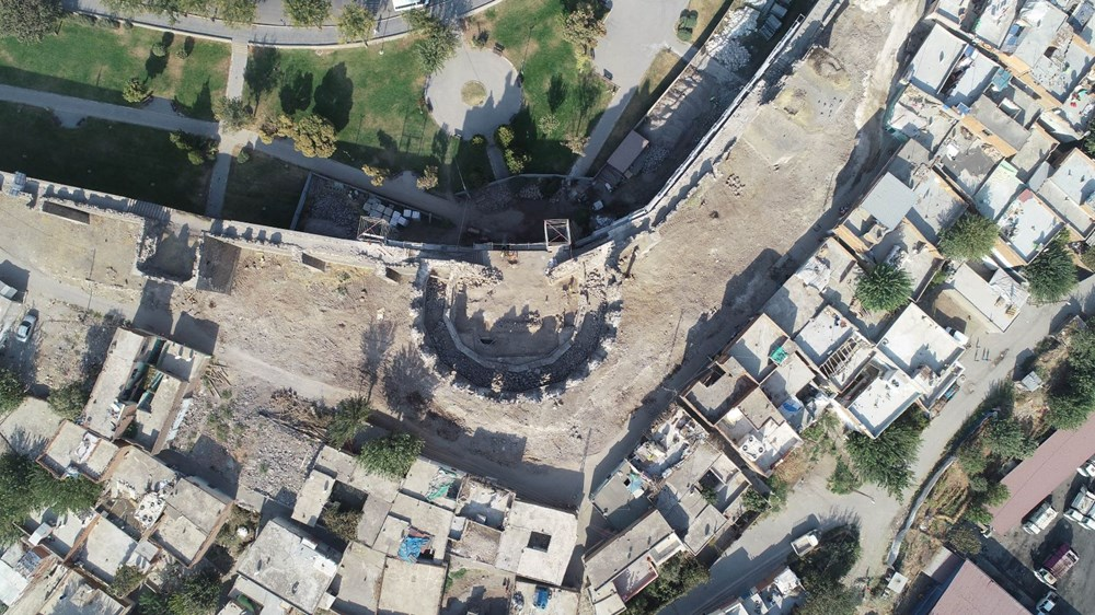 Diyarbakır'da gecekonduların yıkılmasıyla kitabe ve nişler ortaya çıktı - 2