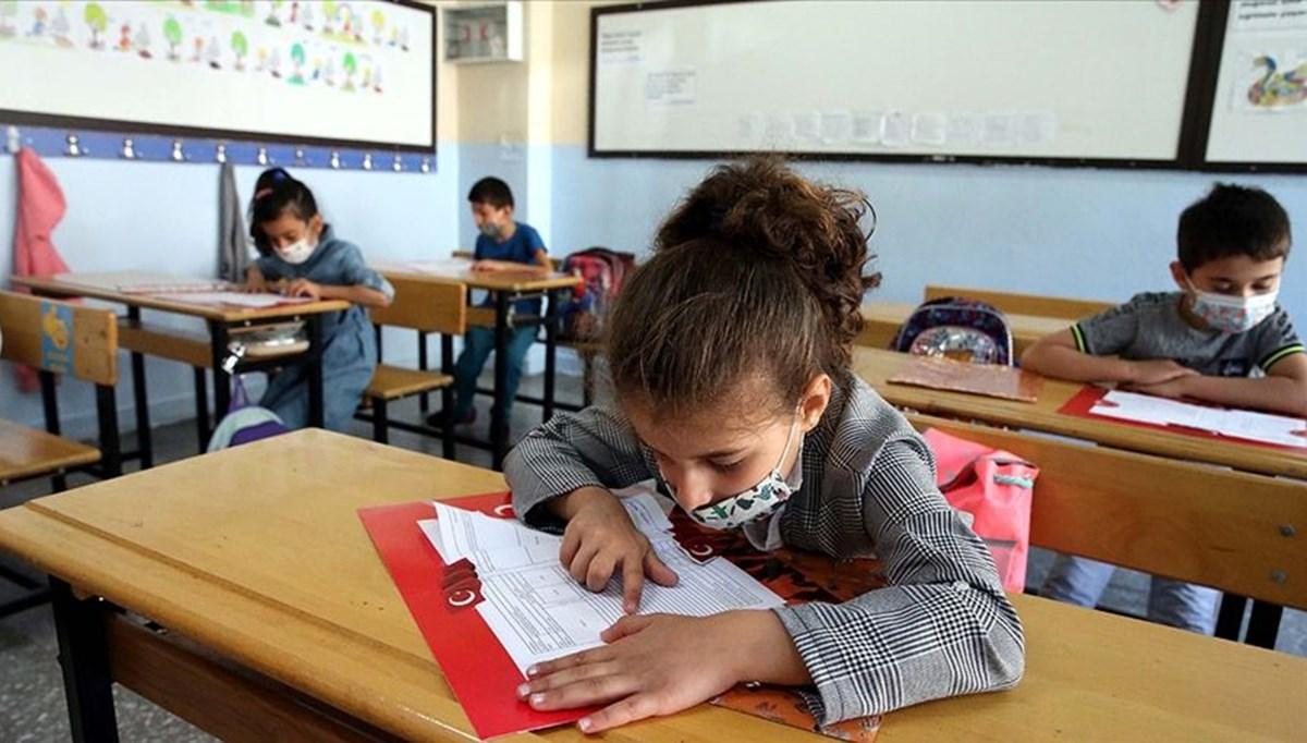 SON DAKİKA:Bakan Selçuk duyurdu: Okullar 6 Eylül'de açılacak