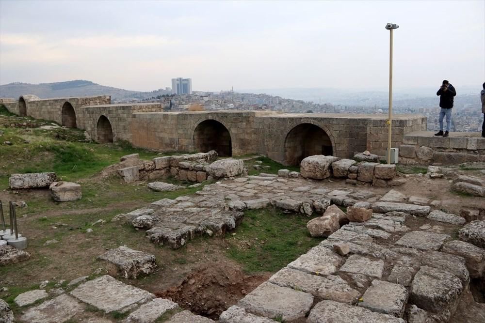 Urfa'nın tarihi kalesi gün yüzüne çıkarılıyor - 7