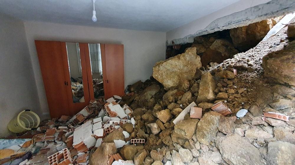 Dağdan kopan kayalar evin içine doldu - 4