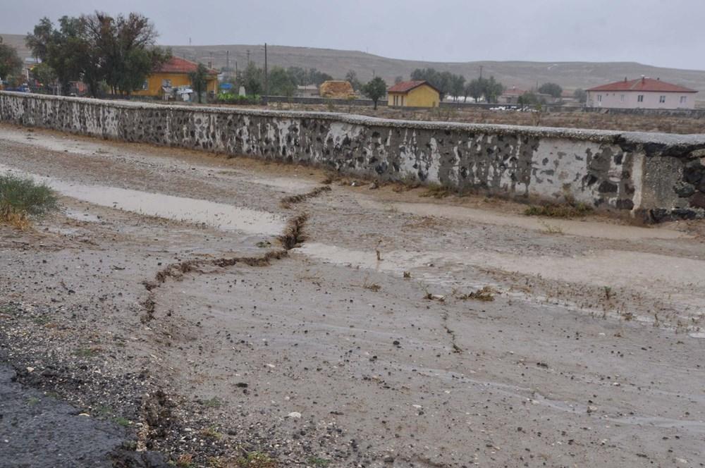 AFAD inceleme başlattı: Konya'da yağmur sonrası dev yarıklar oluştu - 6