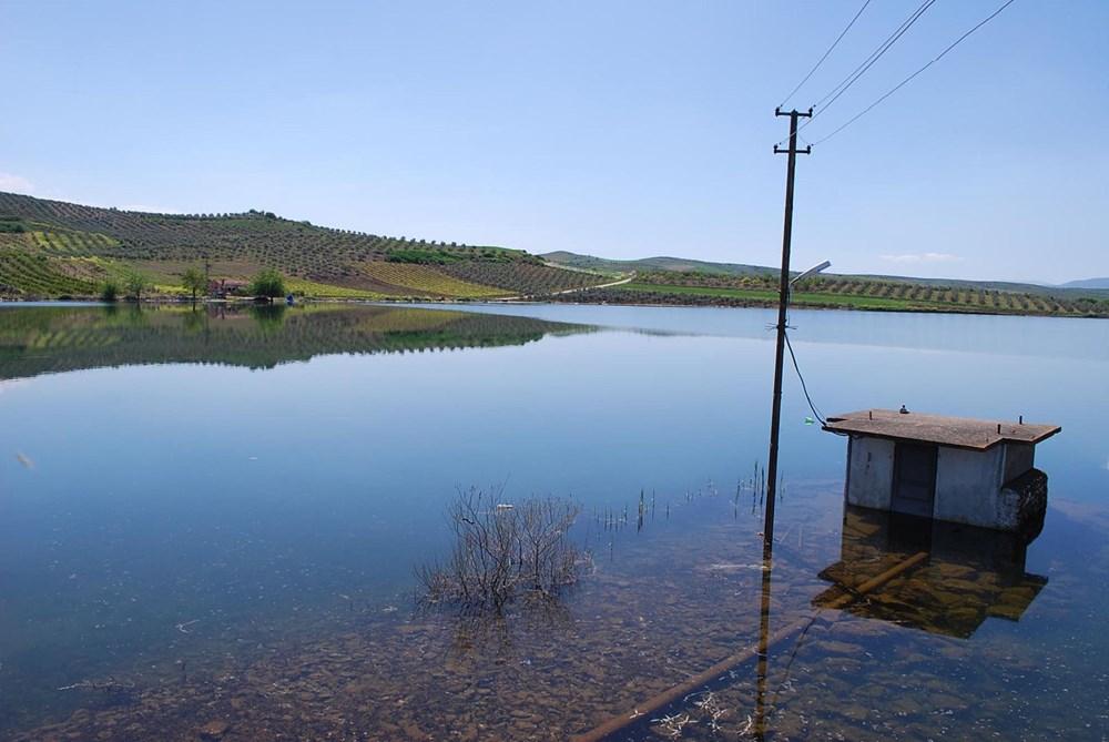 'Kuş cenneti' Marmara Gölü'nde derinlik 40 santimetreye düştü - 16