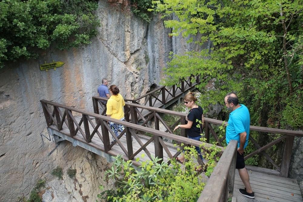 Antik dönemin mühendislik harikası: Bin esire yaptırılan 'Titus Tüneli'ne turist akını - 12