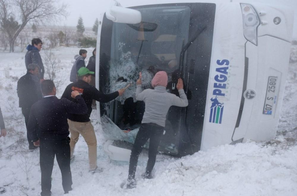 Konya'da 2 tur otobüsü devrildi: 1 Rus turist öldü, çok sayıda yaralı - 8