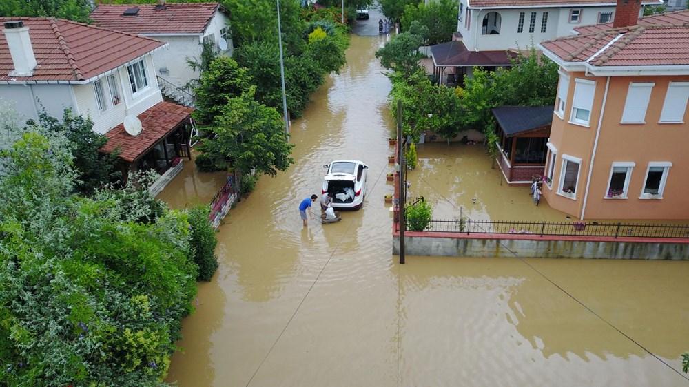 İstanbul'da sağanak yağış: Evler su altında kaldı - 2