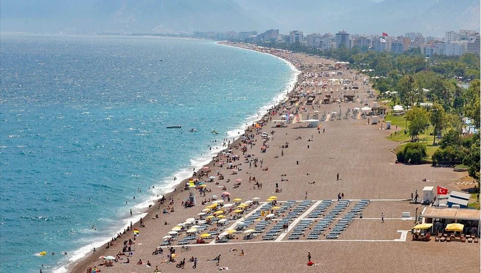 BM: Turizmde toparlanma en erken 2023'te