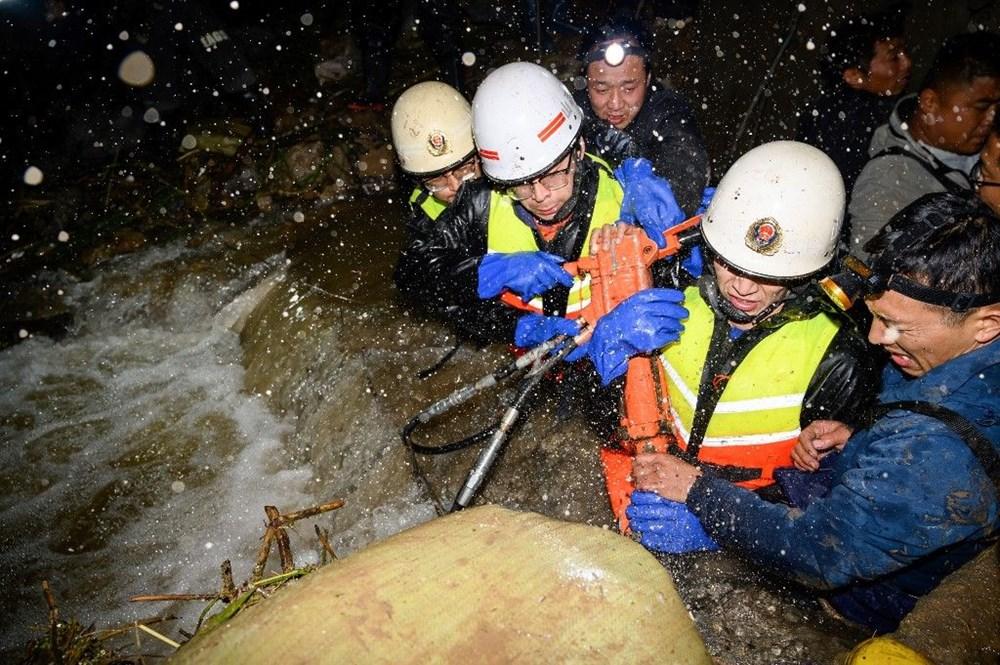 Çin'de sel felaketi: 15 can kaybı - 10
