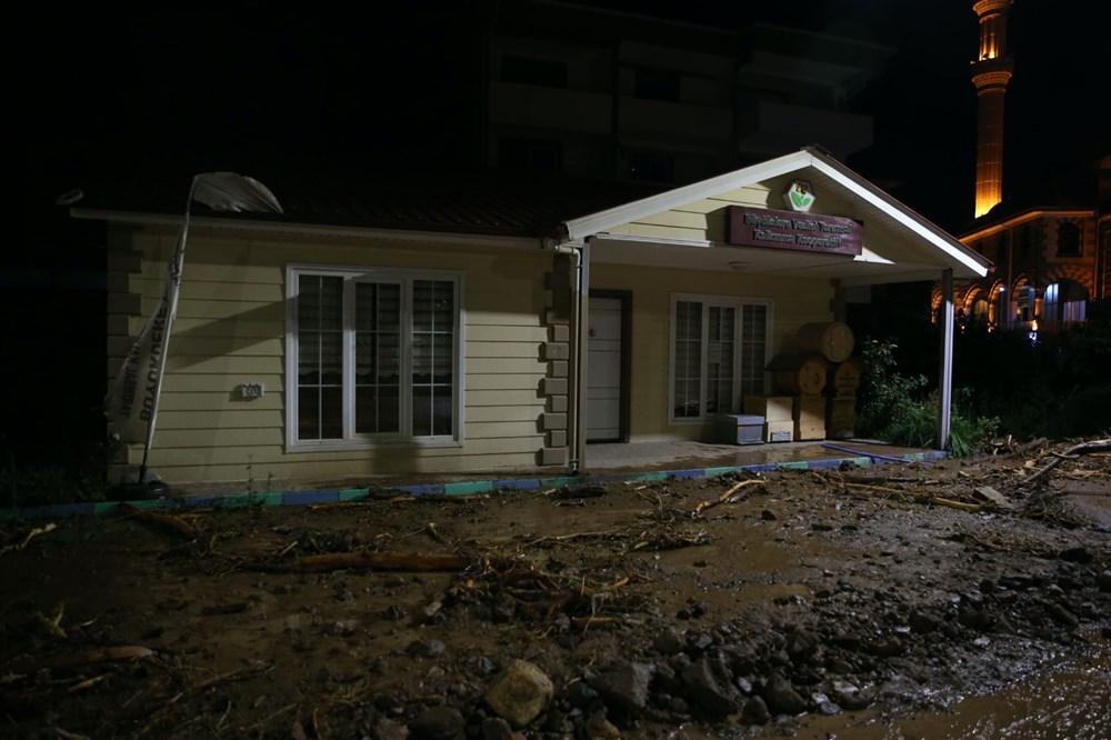 Şiddetli yağış Rize'yi de vurdu: 2 can kaybı - 42