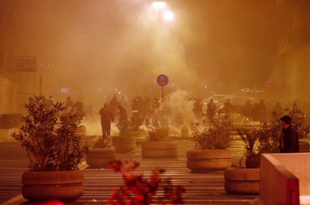 İtalya'nın Napoli kentinde sokağa çıkma yasağı olaylı başladı - 2