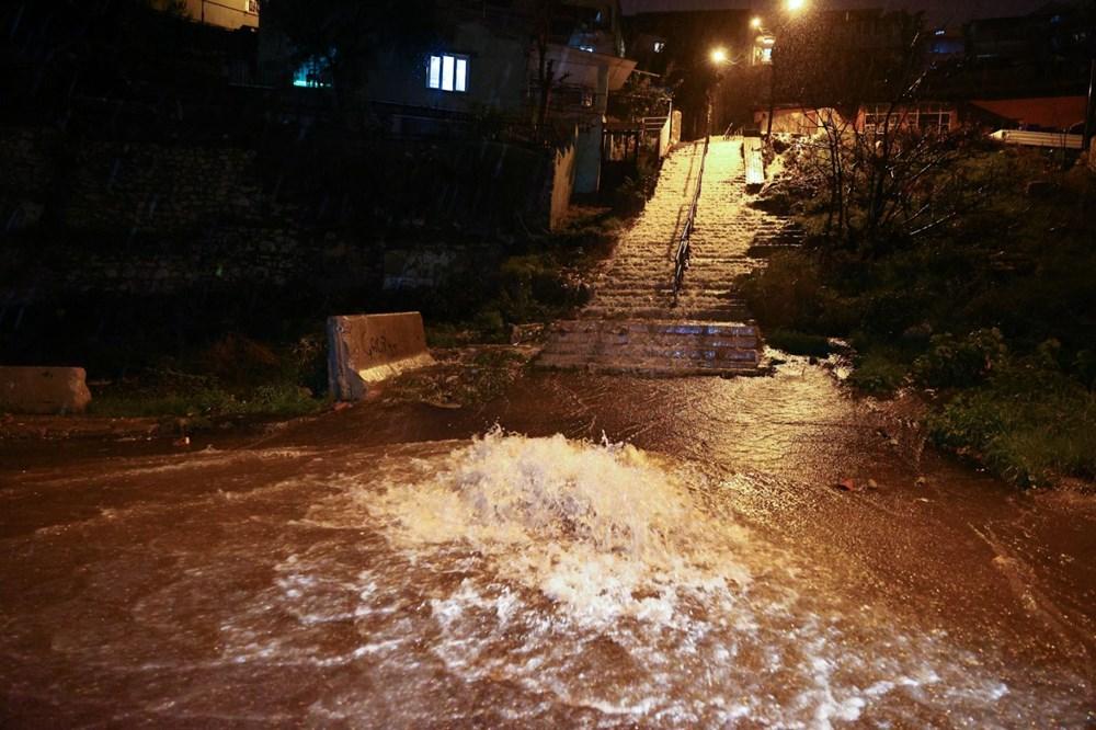 İzmir'de sağanak etkili oldu - 14