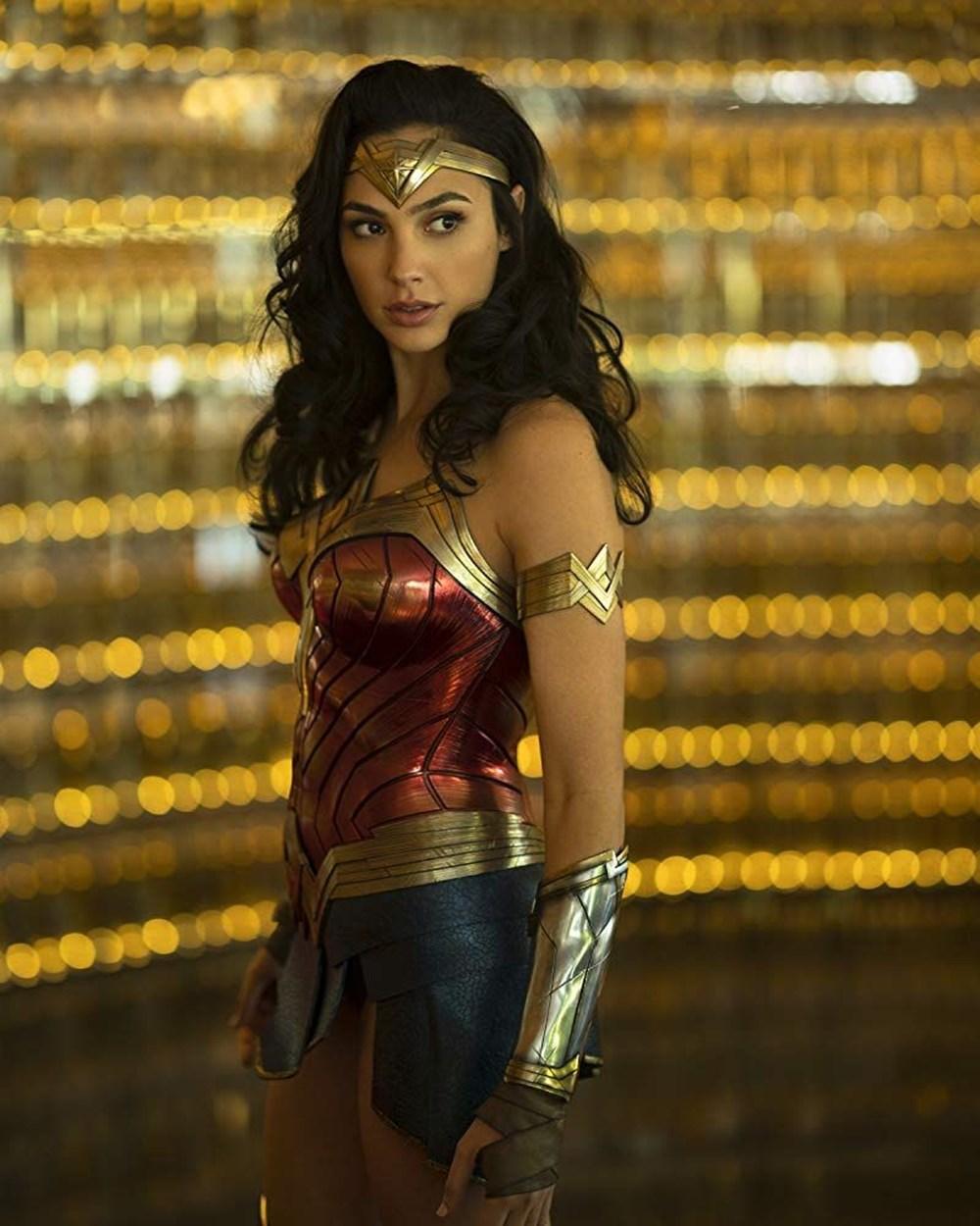 Wonder Woman 1984 bir kez daha ertelendi - 1